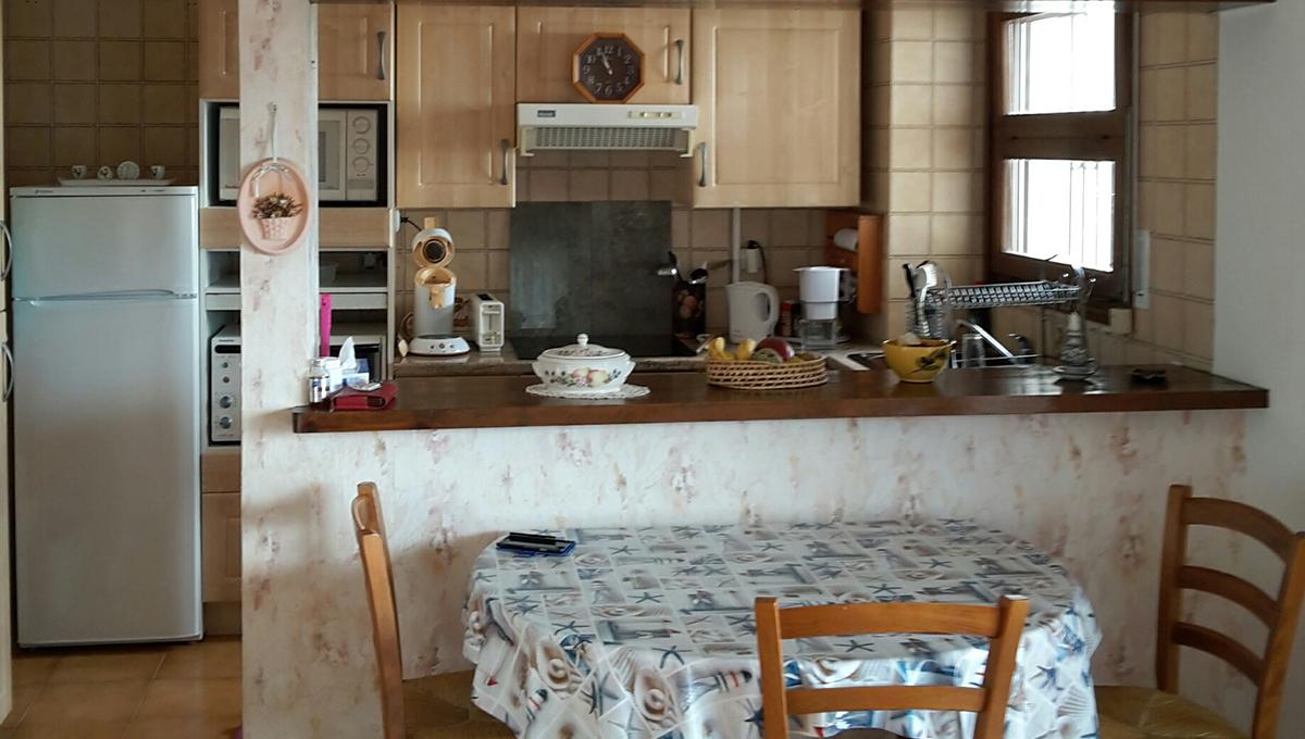 Garbinell A Roses - cocina comedor